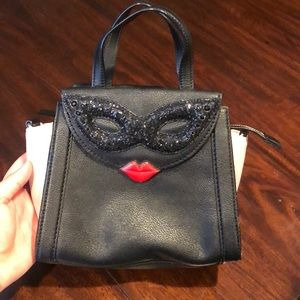 Kate Spade Mask Small Adrien (Dress the Part)